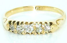 Antique Ring 18K Yellow Gold Old Mine Cut Diamond's, 5 Diamonds 0.45 CT VS1G