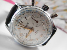 LE PHARE chronograph – Men's wristwatch – From the 1960s.