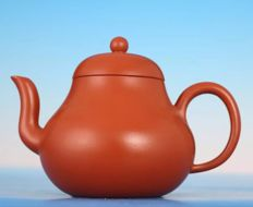 Handmade Yixing teapot - China - Approx. 1960