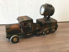TippCo, Germany - Length 25 cm - Tinplate Wind-Up Army Truck with battery-operated Searchlight, 1930s