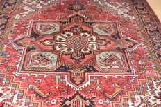 Persian carpet Heriz - about: 1950 - ca, 280 x 225 cm – NO RESERVE, bidding starts at €1