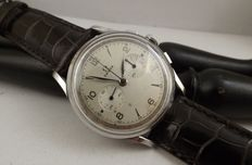 Omega – Ref: 2475 – movement 27 CHRO T1 PC – two sub-dials – 320 steel
