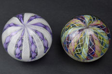 A.VE.M.  (Murano) - a rare pair of Reticella Paperweights