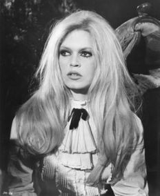 Unknown - Dalmas Agency - Brigitte Bardot - 1968