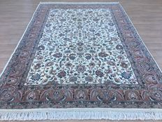 Magnificent NAIN - Oriental carpet - approx. 290 x 204 cm - 20th century