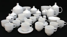 Rosenthal - large tableware set for 12 persons, model: Plus, designed by Wolf Karnagel.