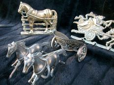 Horses in copper/tin and bronze-plated. Lot of 3.