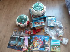 Playmobil - 35 different lots on the world of Playmobil (2x Playmospace, magazines, characters, utensils ..) - Year 70/80