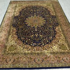 Handwoven Oriental carpet - Kashmir, 320 x 213 cm approx. 20 years old
