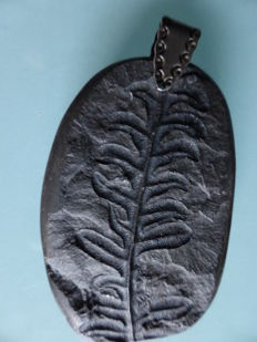 Fossil fern - Pteridopsida - 5 x 3cm with 925 silver pendant