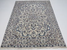 Dreamily beautiful Persian carpet, Nain/Iran, 240 x 165 cm, end of the 20th  century. In excellent condition