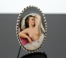 Antique Victorian ( 1880 ) Sterling Silver Brooch With Nude Female