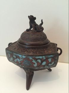 A bronze champlevé incense burner - Japan - approx. 1900