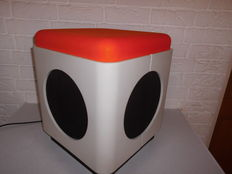 Unique retro footstool with integrated speaker, a unusual eye-catcher from the early 1970s, with beautiful sound!