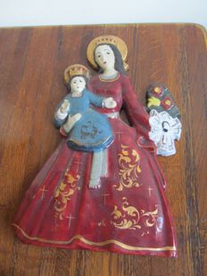 Beautiful terracotta wand plaque Mary with child - Belgium - 2nd half of the 20th century