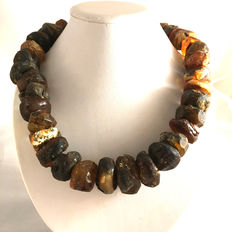 Baltic amber, 100% natural very large beads: 20-27mm, weight: 176,3 g