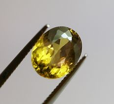 Chrysoberyl, greenish-brown -yellow, 3,50ct