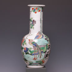 Beautiful Famille Verte porcelain vase - Fine decoration of phoenixes on a rock - China - 19th century