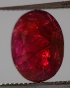 Ruby - Deep Red- 2.40 ct