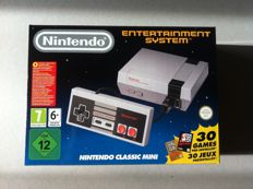 Nintendo Classic Mini - complete new in box with 30 built-in games -ZELDA/CASTLEVANIA/KIRBY ect