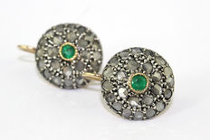 Patch earrings - 14 kt gold - Diamonds and emerald -