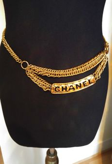 Chanel - Belt in gold-plated metal, like new!!