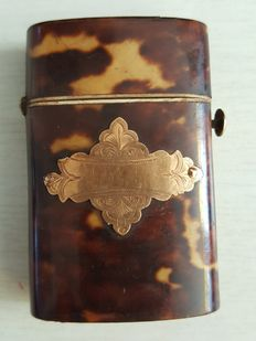 Vesta case of tortoiseshell with gold cartouche - the Netherlands - ca. 1890