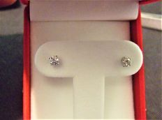 Diamond earring , 0.60 ct total +++ Lo reserve ! +++