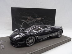 BBR - Scale 1/18 - Pagani Huayra 2010- Limited 150 Pieces - Colour: Black