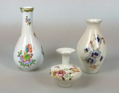 Herend and Zsolnay - Three porcelain vases (chinoiserie flowers and butterflies)