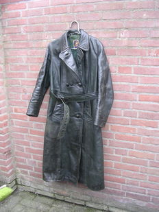 Heavy black leather motorcycle moped scooter or Solex jacket - Brand Gelmok - 1950's/60's