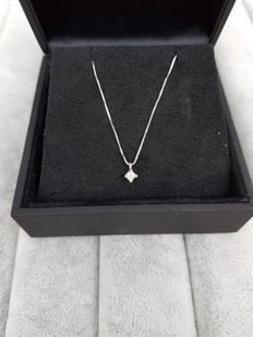 18 kt white gold necklace with point of light diamond, 0.05 ct, made in Italy