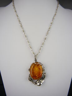 Amber pendant with necklace, 800 silver, after 1963
