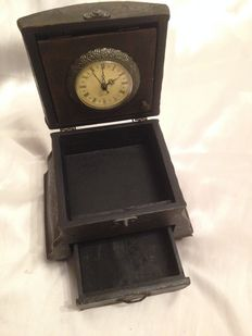 Vintage wooden jewellery box and clock in bronze lined with leather and reliefs