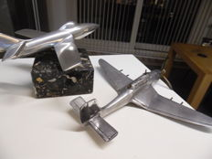 2 aluminium scale models of aircraft