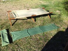 Folding military bed and assembling military bed- Italy and Brasil