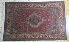 Sivas Extra Fine oriental rug – Dimensions: 245 cm x 174 cm – Turkey, second half of the 20th century.