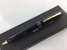 """Omas ballpoint pen with black double clip. Special Edition """"Museum of Modern Art in New York"""""""