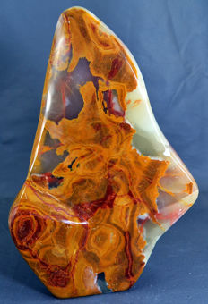 Highl-polish, multi-colour Calcite and Jasper tumble - 218 x 143 x 48 mm - 1795gm
