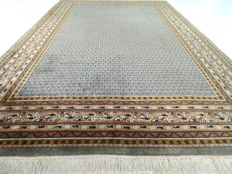"Mir - 304 x 199 cm - ""Oriental rug in mouse grey - splendid almost not used condition"""