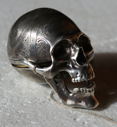 37 Oudin a Sedan – skull spindle watch - memento mori - France around 1840