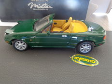 Kyosho - Scale 1/18 - Mazda MX-5 Roadster Green