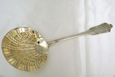 Silver and vermeil strawberry serving spoon, Lapparra, France, 1902-1923