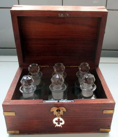 Nice box with six glass bottles