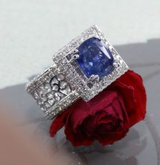 White Gold, IGI Certified designer 3.99. ct.  Blue Sapphire  and 2.92 ct. diamond Ring
