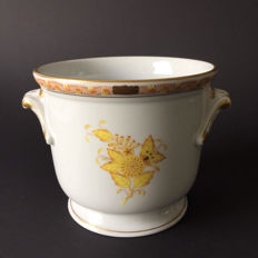 Herend - small cachepot with handles, decoration yellow rose