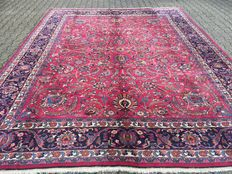 Oriental Persian carpet Meschad – 100% handwoven – Excellent condition – Investment
