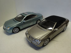 Kyosho - Scale 1/18 - Lot with 2 x Mercedes-Benz CLK-class Coupe en Convertible