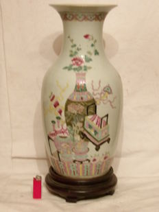 Porcelain vase - China - beginning of the 20th century (republican period)