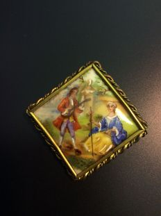Brass Brooch in Squared Brass with Porcelain - Period: 1920-1930. Signed. No Reserve Price.